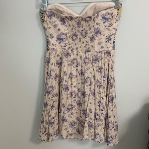 Kimchi Blue Dresses - Floral patterned strapless mini dress